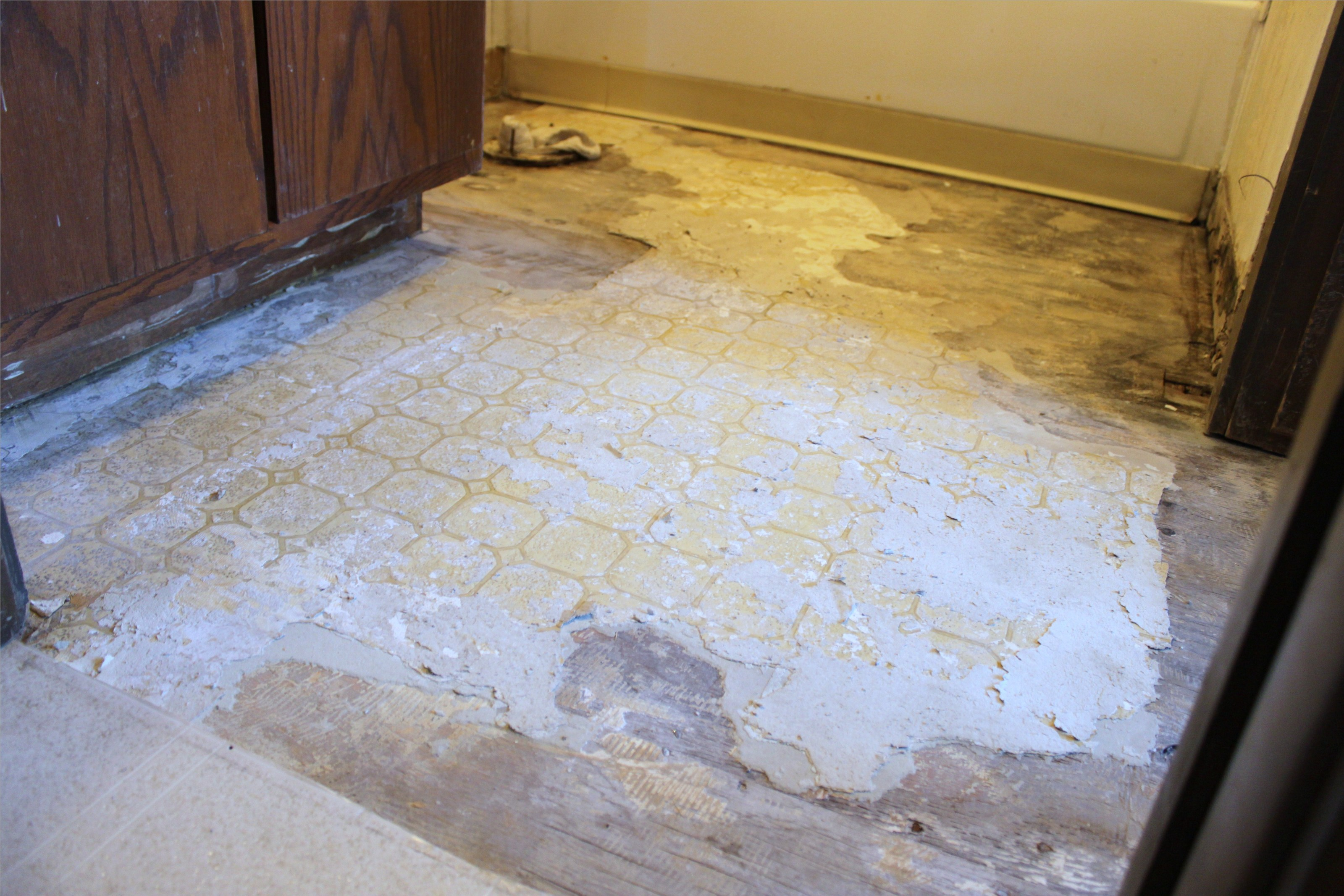 The importance of the tile underlayment creative tile works for Floor underlayment